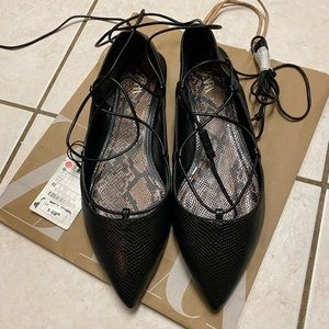 NWT Zara lace-up flats size 10 /(10,5)